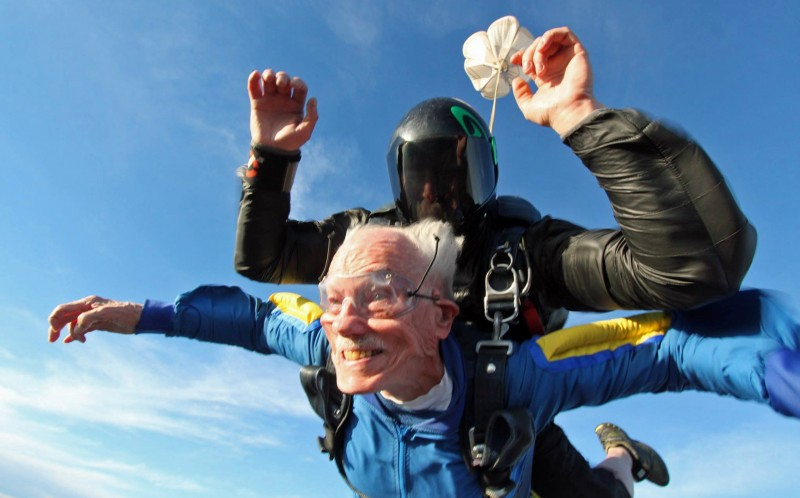 100 year old man skydive