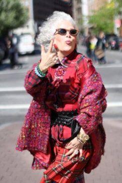 older woman fashion